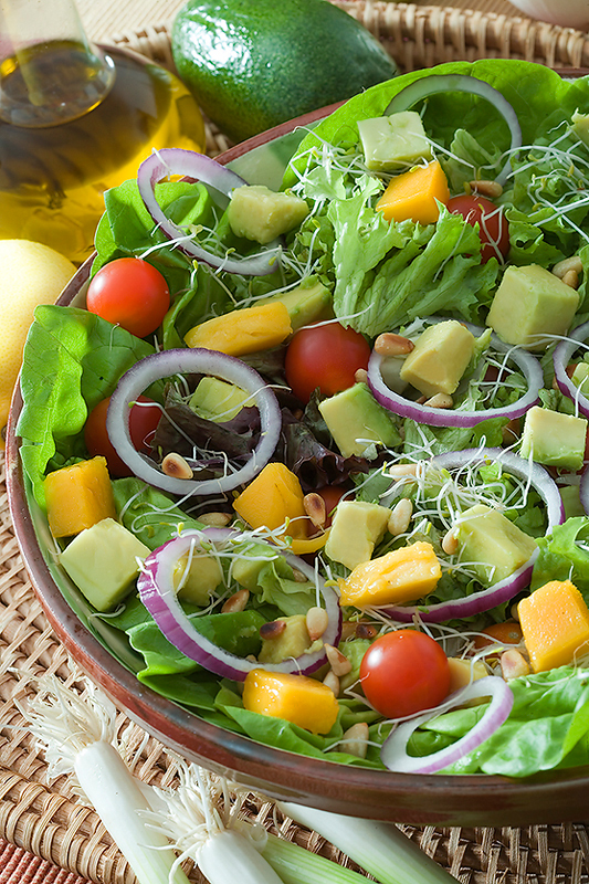 Farmer's Salad with Avocado Dices
